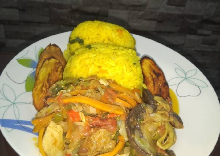 Foods That Can Make You Happy Rice and vegetable gravy