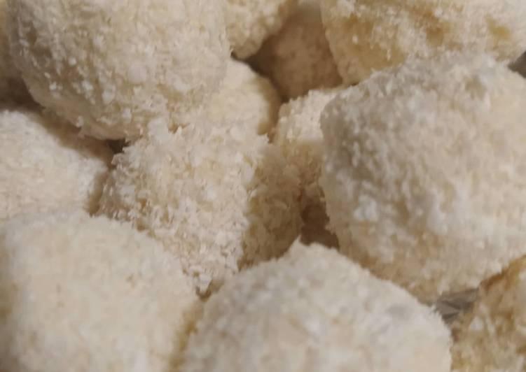 Boule de coco au maltesers