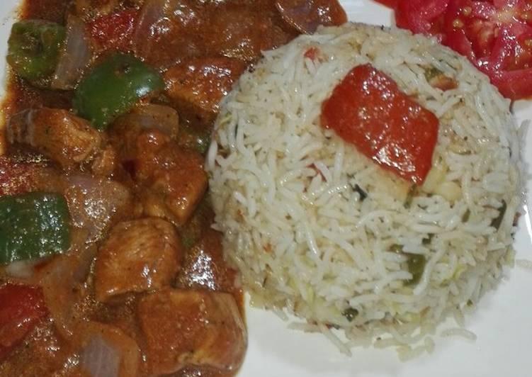 Chicken Shashlik With Gravy and Fried Rice