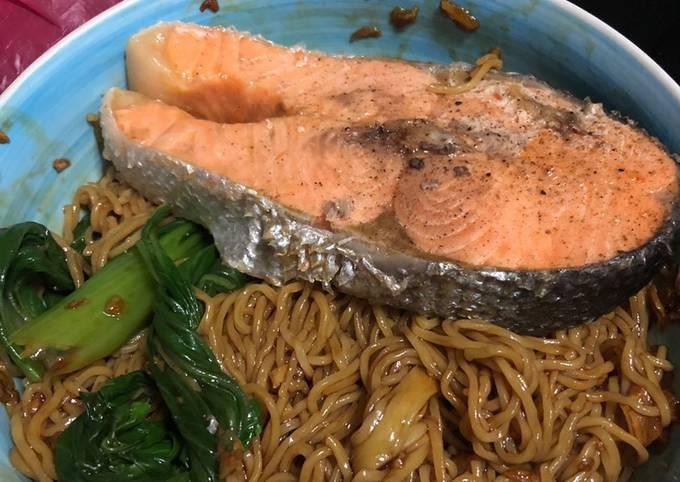 Wonton Noodle (Salmon Version)
