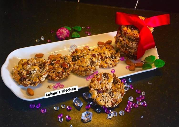Fruit and Nut Cookies: