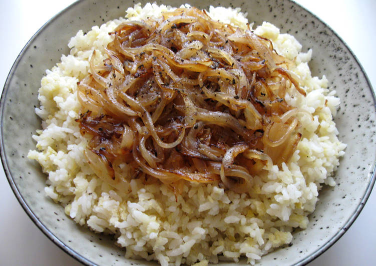 Lentils Rice With Sautéed Onion