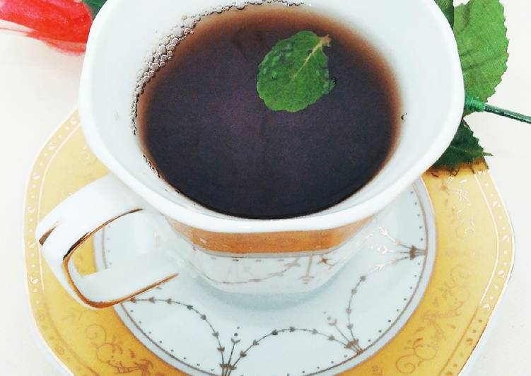 Honey mint tea