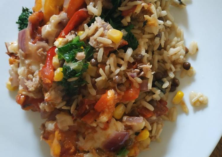 Easiest Way to Prepare Super Quick Homemade Vegetable and tuna rice/lentil bake