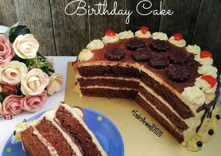 tiramisu-birthday-cake