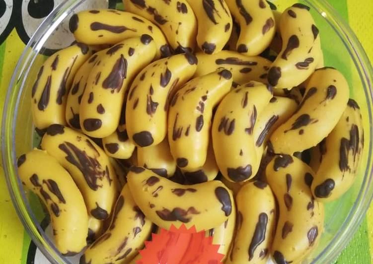 *banana cookies*