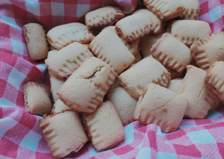 Biscotti rustici con confettura di fichi