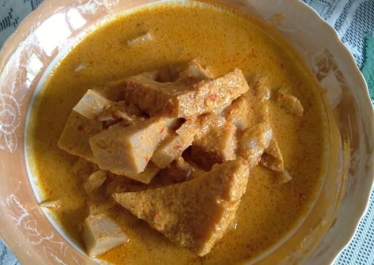 Gulai nangka muda (gori)