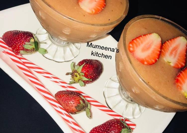 Mixed fruits smoothie recipe by mumeena's kitchen