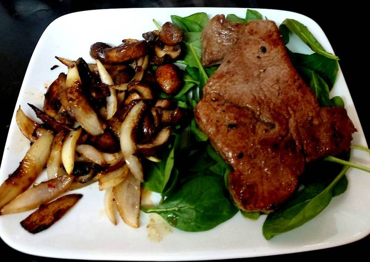 Simple Way to Make Any-night-of-the-week My Peppered Rump Steak with chilli flavoured Mushroom + Onion 🥰