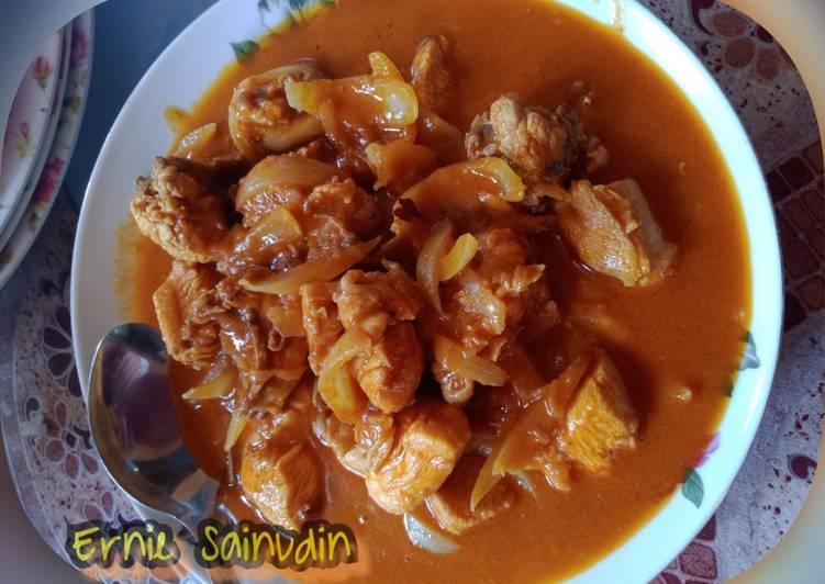 Ayam masak kari😋😋 - velavinkabakery.com