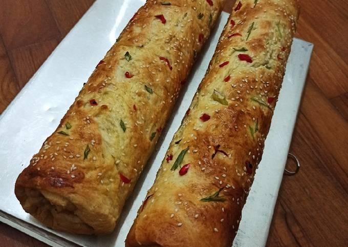 Roti abon gulung (floss roll bread)