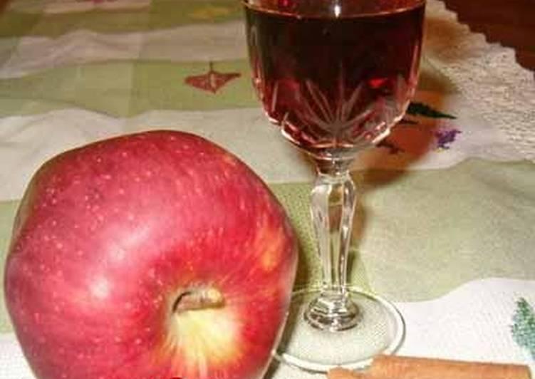 Recipe of Award-winning Apple liqueur