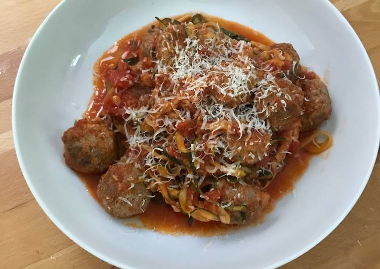 Step-by-Step Guide to Prepare Speedy Courgetti with meatballs