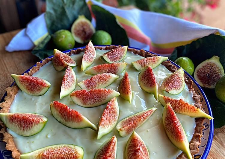 Crostata aromatizzata al limone 🍋 con confettura di fichi e crema pasticcera al limone 🍋