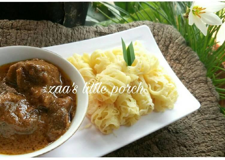Roti Jala Kari Daging Sapi