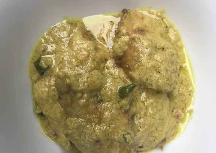 Tuna masak kuning
