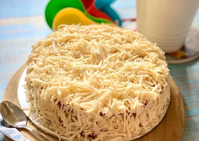 Indonesian Fermented Cassava Cheese Cake (Bolu Tape Keju)