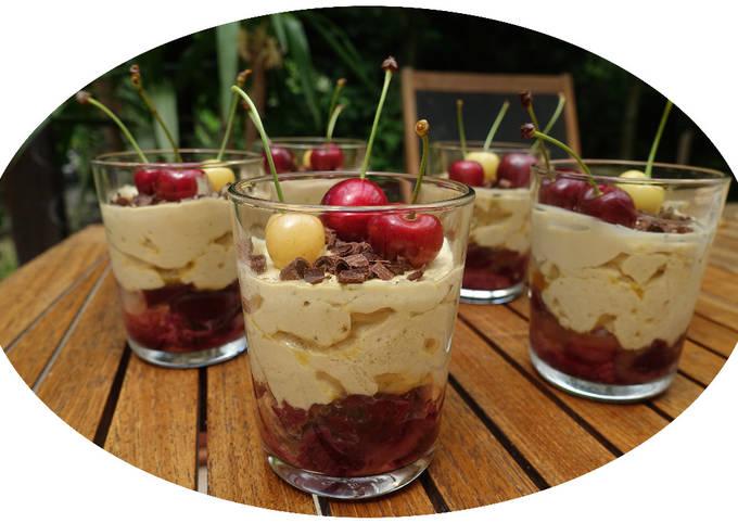 Tiramisu aux cerises & fève tonka