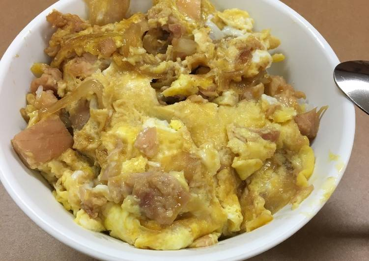 Recipe: Perfect Oyakodon! (Paternity Bowl because an egg comes out from a chicken, or a chicken comes out from an egg)
