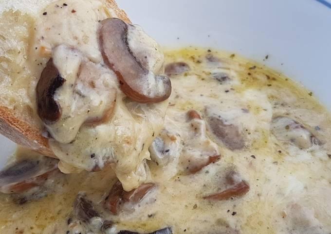 Baked Mushroom and Cheese Dip
