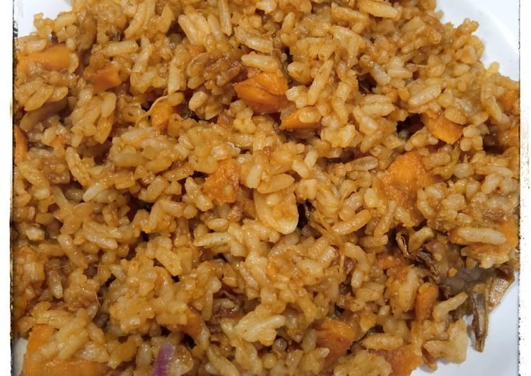 Nasi Goreng Sosis Ayam Jamur