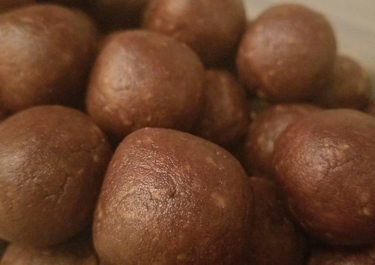 Simple Way to Prepare Perfect Healthy Chocolate PB Balls