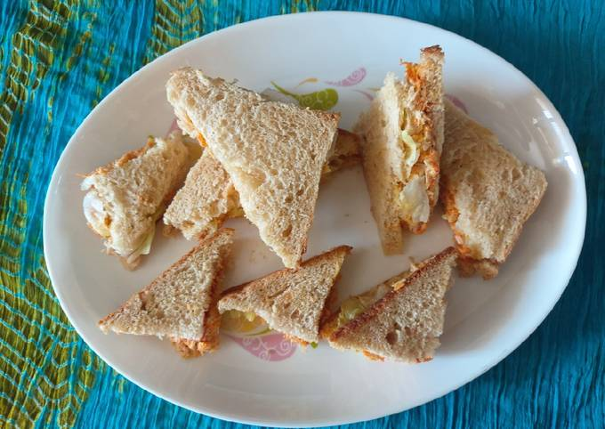 Carrot and chicken cheese sandwiches / healthy and tasty