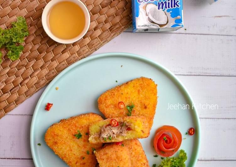Pulut Kuning Goreng Krispi inti Ayam pedas - velavinkabakery.com