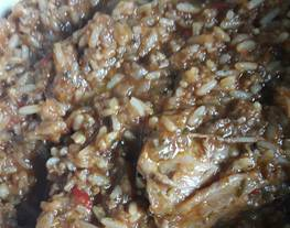 Guiso de arroz con pollo de campo....