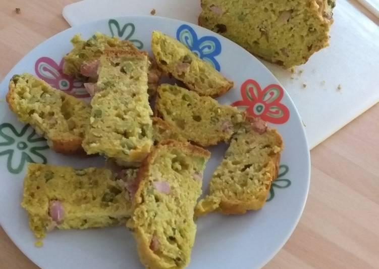 Cake aux lardons, parmesan et petits pois