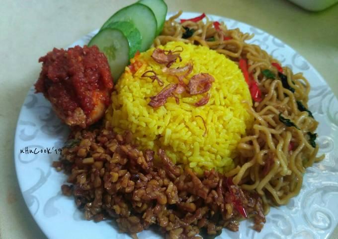 Bahan-bahan Nasi kuning pulen Terenak Untuk Jualan