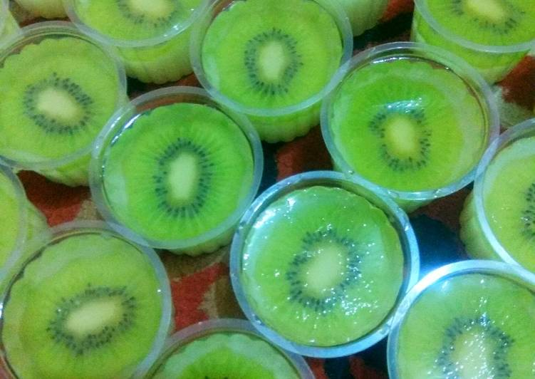 Puding Cup Kiwi