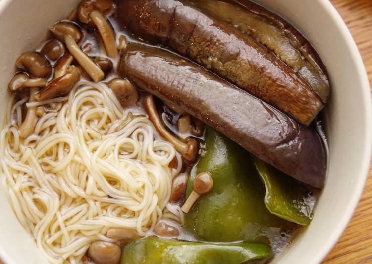 Recipe: Perfect Quick & easy hot somen noodle with summer veggies 🍳🍆