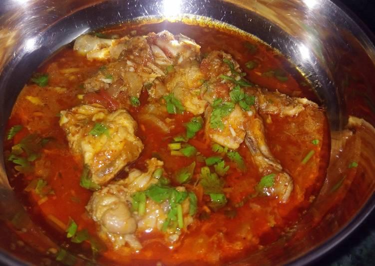 Kathiyavadi chicken curry