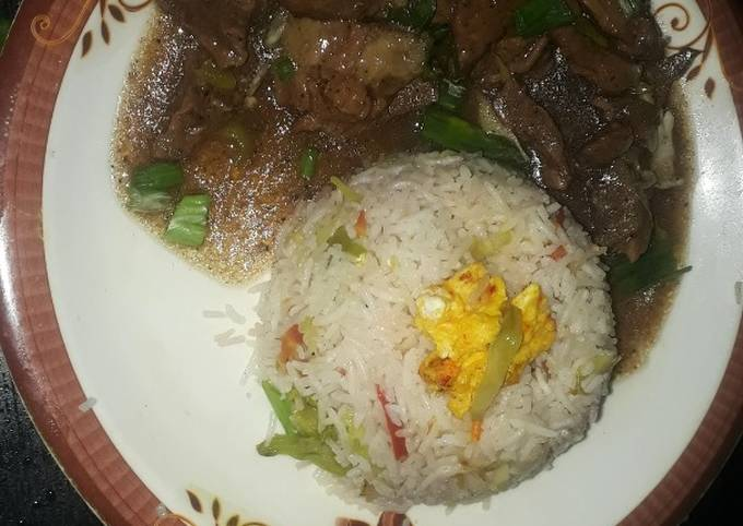 Chinese rice with beef chilli