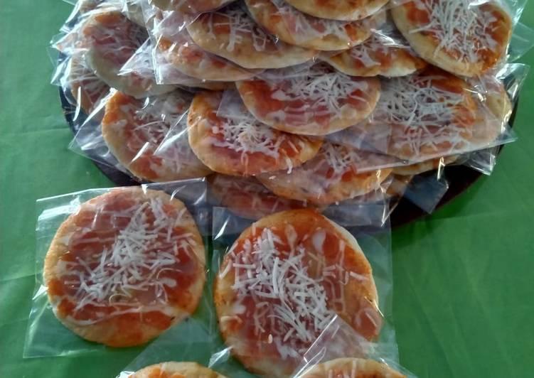Resep Pizza Mini Ekonomis Bisa Manjain Lidah Resep Kue Xyz