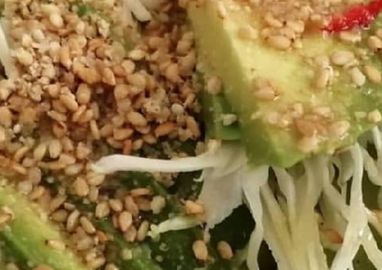 Façon la plus simple Faire Appétissant Salade printanière avocat