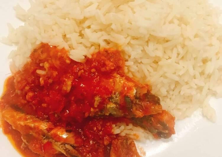 Coconut rice and sardine sauce