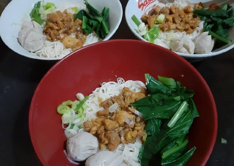 Bihun Ayam (Mie Ayam)