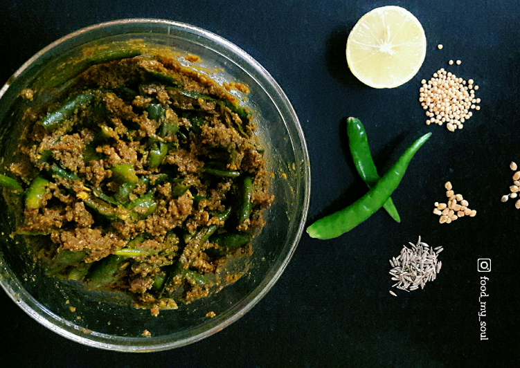 Recipe of Any-night-of-the-week Green Chilli Pickle