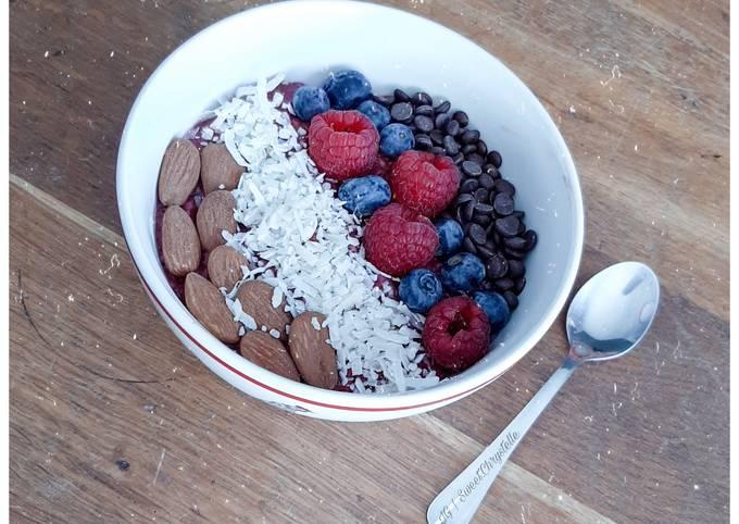 Porridge de fruits rouges vegan
