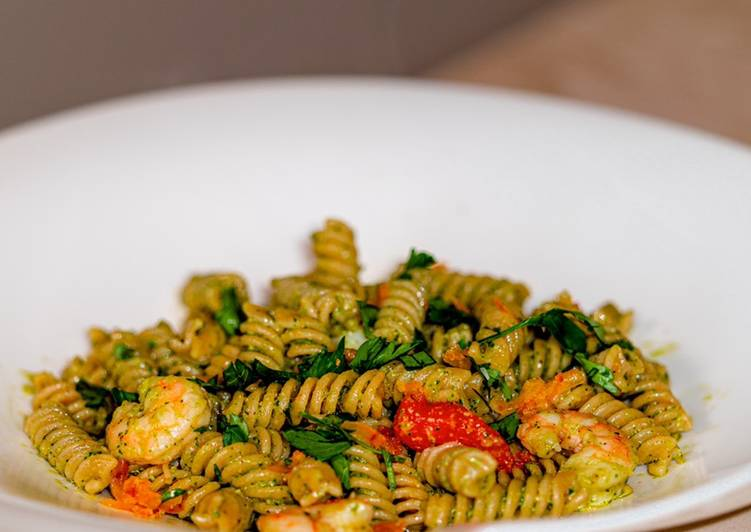 Easiest Way to Prepare Delicious Fusilli of Legumes with Pink Prawns, Pesto of Parsley and Bottarga