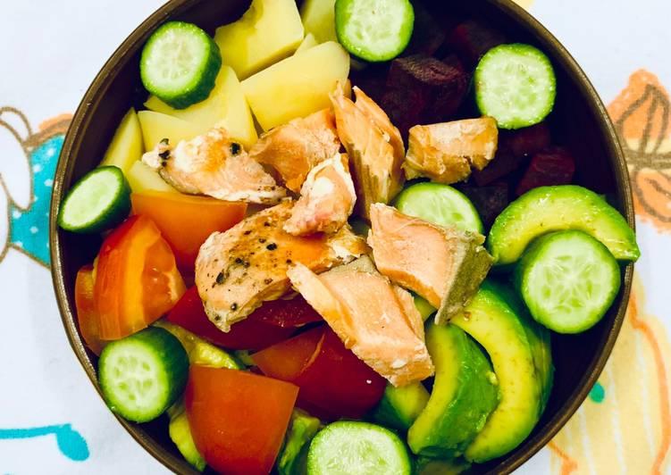 Salad Trái Bơ Cá Hồi