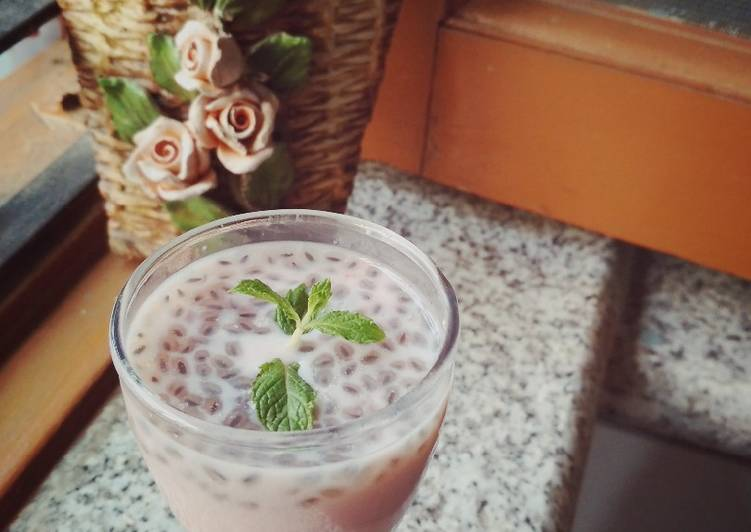 Step-by-Step Guide to Make Perfect Strawberry basil seed drink