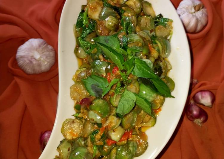 sambal-terong-lalap-hijau