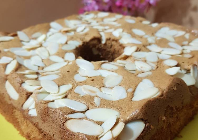 Chiffon Cake Cinnamon Almond resep by ci Tintin Rayner