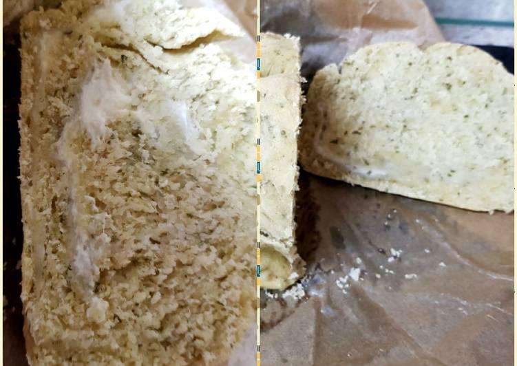 Alfredo stuffed Garlic Bread. 😘