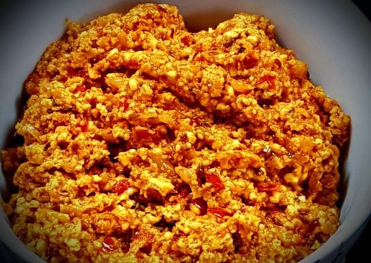 Paneer Bhurji (Scrambles cottage cheese)