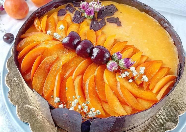 Cheesecake alla mousse di albicocche